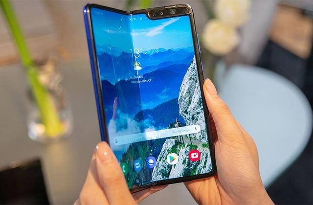 Samsung Galaxy Fold может вернуться раньше, чем ожидалось