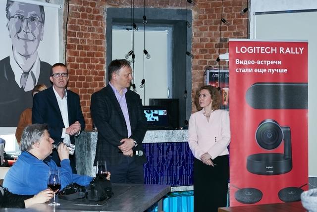 Logitech анонсировала модульную конференц-камеру Rally